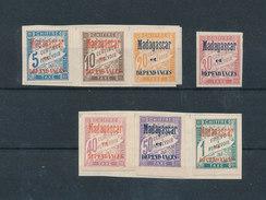 MADAGASCAR 1896 - Timbres Taxe Yvert 1/7 Neufs * Avec Charnières MLH Sur Fragments D'album - Timbres-taxe