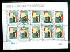 NEDERLAND * KOFFERGRAMMOFOON *   BLOK BLOC * BLOCK * GEBRUIKT *  POSTFRIS GESTEMPELD * (63) - Periode 1980-... (Beatrix)