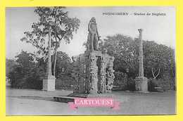 CPA INDE PONDICHERY  Statue De Dupleix  ( Dos Simple Messagerie Maritimes ) - India