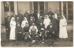 Carte Photo Infirmiere Soignant Les Blessés De Guerre - Guerre 1914-18