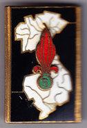 5° REI. 5° Rgt Etranger D'Infanterie. Email Grand Feu. Carte Indochine, Gros 5 Dans La Bombe. D.1154. Petits éclats D'ém - Army