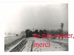 Photo Amateur Région Orgon, Route Nationale 7 / N7 - Camion Accidenté, Neige - Automobiles