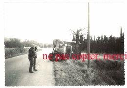 Photo Amateur Région Orgon, Route Nationale 7 / N7 - Camion Accidenté - Automobiles