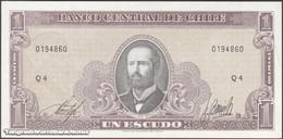 TWN - CHILE 136b - 1 Escudo 1964 Serie Q - Signatures: Inostroza & Barrios UNC - Cile