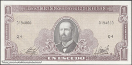 TWN - CHILE 136b - 1 Escudo 1964 Serie Q 4 - Signatures: Inostroza & Barrios UNC - Cile