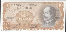 TWN - CHILE 143b - 10 Escudos 1976 Serie A 7 - Signatures: Cano & Molina UNC - Cile