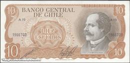 TWN - CHILE 143b - 10 Escudos 1976 Serie A 19 - Signatures: Cano & Molina UNC - Cile