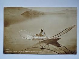 MEXICO Michoacán LAGO PATZCUARO Pescando Fisherman Old Postcard - Messico