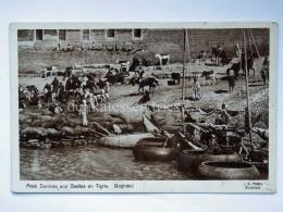 IRAQ BAGHDAD Arab Donkeys Goofs On Tigris Boat Old Postcard - Iraq