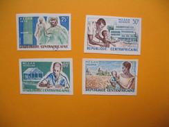 Timbre Non Dentelé  N° 14  Mouvement D'Evolution Sociale En Afrique Noire   (M.E.S.A.N.) 1965 - Central African Republic