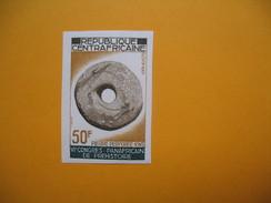 Timbre Non Dentelé  N° 99  6 ème Congrès Panafricain De Préhistoire  1967 - Central African Republic
