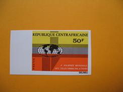 Timbre Non Dentelé  N° 167  4 ème Journée Des Télécommunications  1972 - Central African Republic