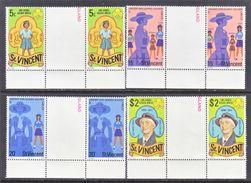 ST. VINCENT  504-7 X 2     **  GUTTER  PAIRS   GIRL  SCOUTS - St.Vincent (...-1979)