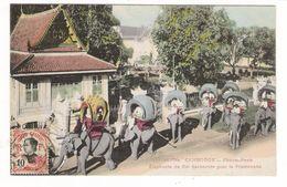 CAMBODGE / PHNOM-PENH / ELEPHANTS DU ROI HARNACHES POUR LA PROMENADE / Edit. DIEULEFILS N° 1627 Bis - Cambodja