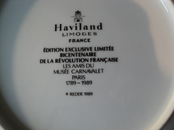 ASSIETTE HAVILAND LIMOGES. 1989. VENTOSE. REDER EDITION DU BICENTENAIRE - Borden
