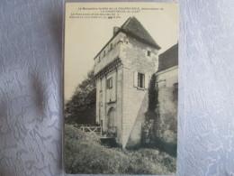 Le Monastere Fortifie De La Courroierie ; Le Pont Levis Et Les Douves ; Chemille Sur Indrois - Autres Communes
