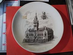 ASSIETTE DUNKERQUE L HOTEL DE VILLE ILLUSTREE PAR TESS - Plates