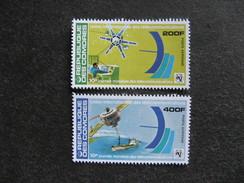Comores: TB Paire PA N° 145 Et N°146, Neufs XX. - Comores (1975-...)
