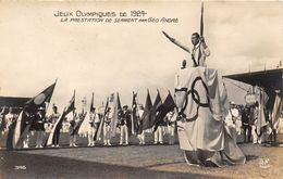 JEUX OLYMPIQUE DE 1924 PARIS - CARTE PHOTO- LA PRESENTATION DE SERMENT PAR GEO ANDRE - Jeux Olympiques