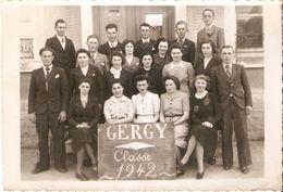 Gergy : Photo De Conscrits 1942 - Personnes Anonymes