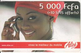 SENEGAL - Girl On Phone, Sonatel Prepaid Card 5000 Fcfa, Used - Senegal