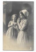 BAMBINE IN PREGHIERA 1911 - CARTOLINA FOTOGRAFICA VIAGGIATA FP - Enfants