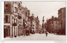 Cpsm Reims - Rue Buirette - Avec  Hôtel Cecyl Et Garage - Reims
