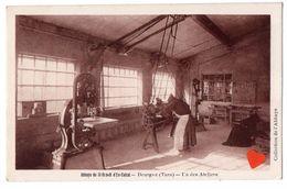 00145-LE-81-Abbaye De St-Benoit D'En-Calcat-Dourgne-Un Des Ateliers------------animée - Dourgne