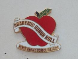 Pin's HEMET UNIFIED SCHOOL DISTRICT - Administración