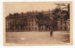 SAINT-NAZAIRE - Le Bâtiment Principal, Caserne De La Garde Républicaine - Nozais, 178 - Saint Nazaire