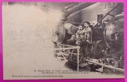 Cpa Paris Grande Roue Salle Des Machines Et Mécaniciens Carte Postale 75 Précurseur Métier Mécanicien - Petits Métiers à Paris