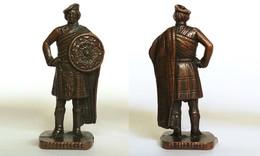 Metal Schotten - Ecossais :  SCOZZESE 1 RP 1482 PATENT Brüniert 40 Mm - Figurines En Métal