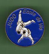 JUDO *** ECOLE DE VIE *** 0099 - Judo