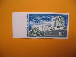 Timbre Non Dentelé  N° PA 107  Appolo XVI    1972 - Centrafricaine (République)