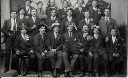 LA VICTOIRE 74 HAUTE-SAVOIE ??? CARTE PHOTO PHOTO CLASSARDS 1920 ACCORDEON - Francia