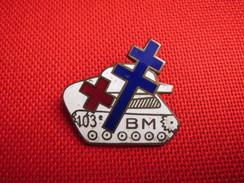 RARE Armée De Terre Broche Insigne 103ème B M Char Croix De Lorraine Croix Rouge Bataillon De Marche Vers 1945 épingle - Armée De Terre