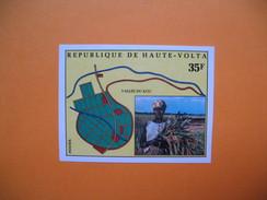 Timbre Non Dentelé   N° 332  Polychrome Du Vallée Du Kou  1974 - Haute-Volta (1958-1984)