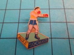 Pin713H Pin's Pins : BEAU ET RARE : SPORTS / BOXE BOXEUR SOCHAUX - Boxing