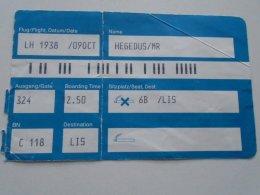 AV108.4 Hungary  Boarding Card To Lisbon  Portugal - Transportation Tickets