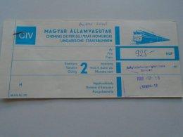 AV108.6 Hungary  MÁV Railway Train Ticket Budapest WIEN 1988 - Transportation Tickets