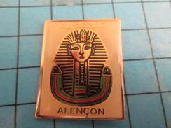 Pin713i Pin's Pins : BEAU ET RARE : MARQUES / AU DECLIC ALENCON PHARAON EGYPTIEN - Marques