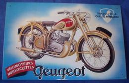 """Plaque Métal """"PEUGEOT"""" Vélomoteur Motocyclette - Advertising (Porcelain) Signs"""