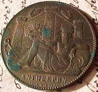 Jeton Ou Médaille 1885 ANTWERPEN Exposition Universelle D'ANVERS 30 Mm  BELGIUM  OLD TOKEN MEDAL - Professionnels / De Société