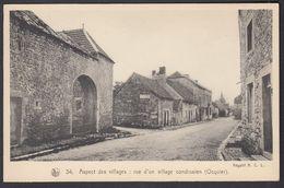 Ocquier Rue D'un Village Condrusien  Ancienne Carte Postale - Clavier