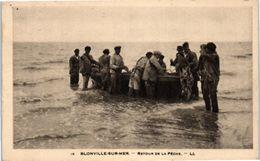 14 BLONVILLE Sur MER : Retour De Pêche - Other Municipalities