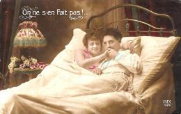 [DC11014] CPA - ON NE S'EN FAIT PAS! - COPPIA - Non Viaggiata - Old Postcard - Humor