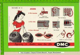 BUVARD : Apprenez A Broder Avec Les Fils  DMC Rouge N°6 - Textile & Clothing