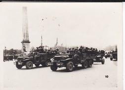 MINI PHOTO--PARIS--artillerie Américaine ( Place De La Concorde )--libération 1944 Armistice--voir 2 Scans - Photographie
