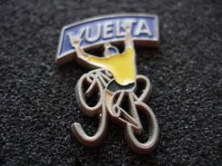 PIN'S CYCLISME  VUELTA 93 MAILLOT JAUNE  SIGNE LOCO PINS - Cycling