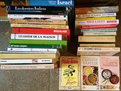 LOT 28 Livres Grand Format Voyage, Romans, Cuisine, Vie Pratique, Bricolage.... - Lots De Plusieurs Livres